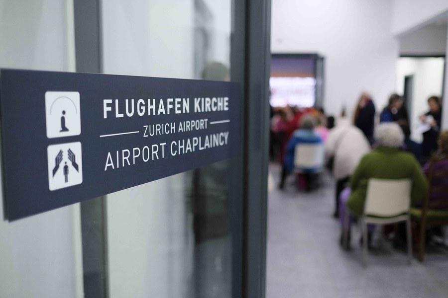 Eingang zur Flughafenkirche