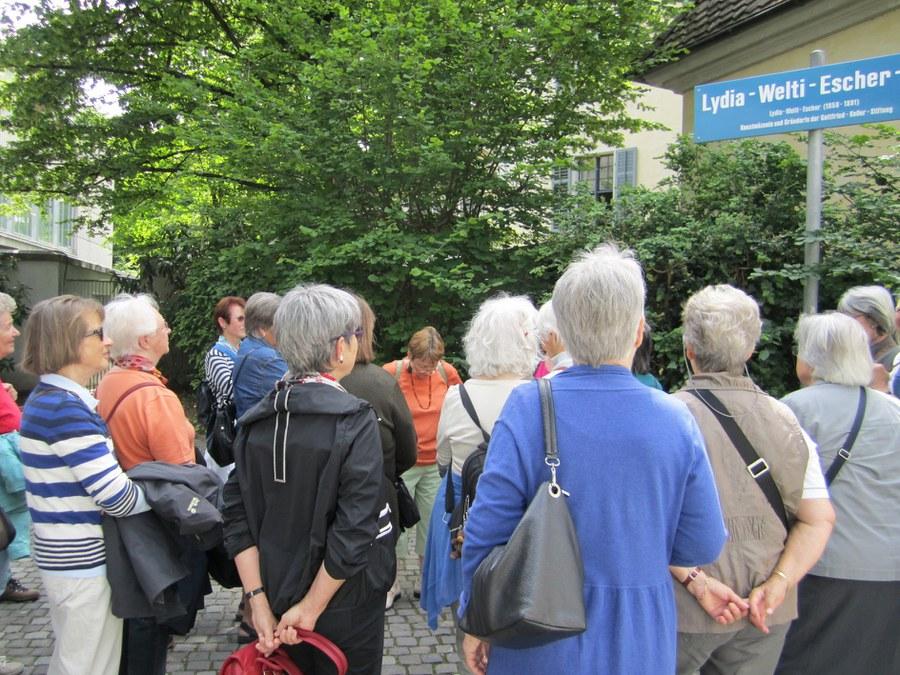 Führung mit dem katholischen Frauenbund zu Frauenschicksalen in Zürich