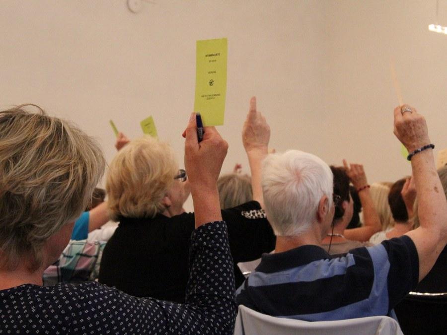 Jede Stimme zählt: Bei der Jahresversammlung des KFB