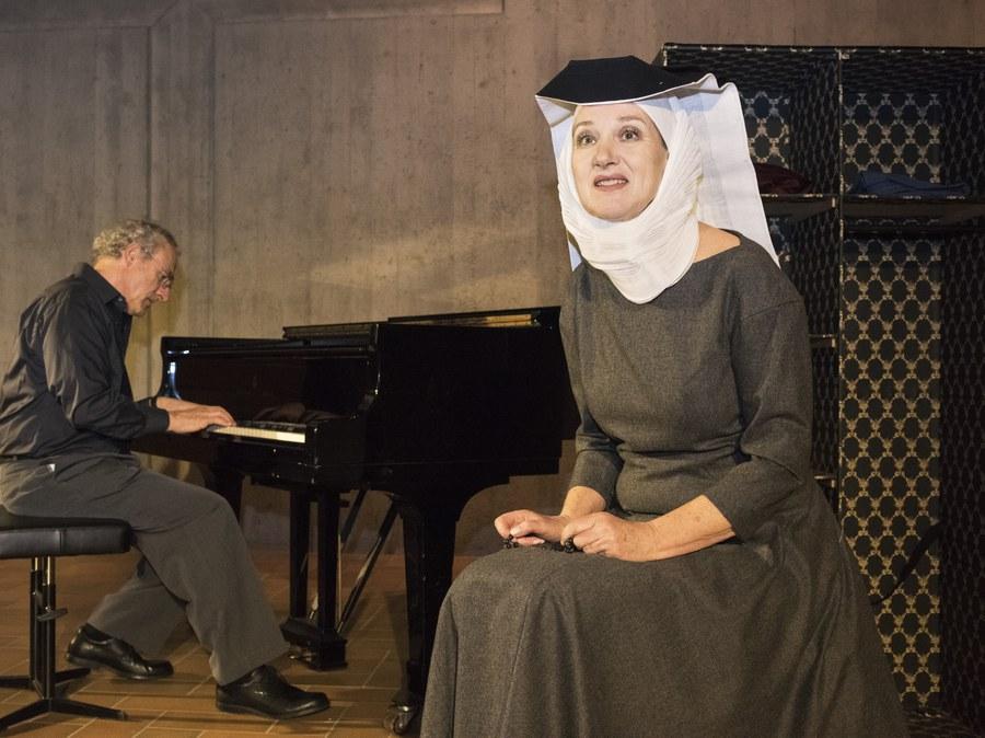 """""""Himmel gegessen"""" - Theaterstück mit Texten von Silja Walter"""
