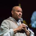 Father Agostino spricht über Berufung.