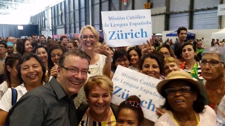 Die spanische Mission aus Zürich reiste ebenfalls an.