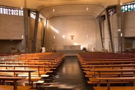 Innenraum der Kirche St. Felix und Regula