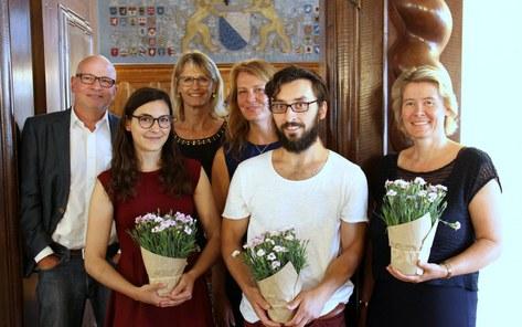 Die Preisträger mit der Ethikkommission. Foto: Simom Spengler