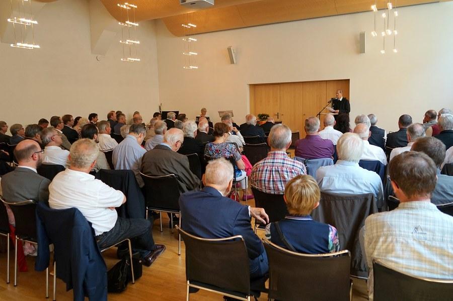 Gäste_Bischofsjubiläum_FOTO_Arnold Landtwing