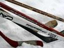 Eishockeystock und Hirtenstab - Stütze und Halt