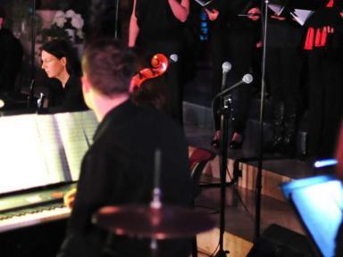 Moderne Rhythmen bereichern Gottesdienste