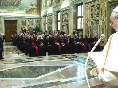 Nicht einmal ein Papst kann alles alleine