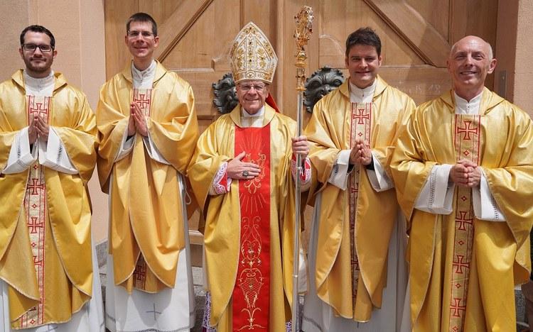 Vier Diakone zu Priestern geweiht
