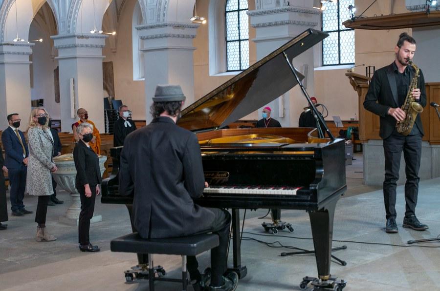 Musikalische Begleitung mit dem Jazz-Duo Livejazz.ch