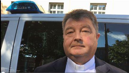 Pfarrer Karber