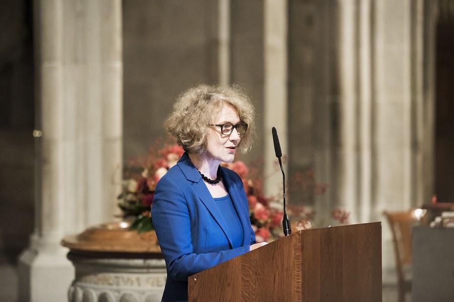 Corine Mauch, erste Stadtpräsidentin Zürichs, beim Grusswort in der Fraumünsterkirche