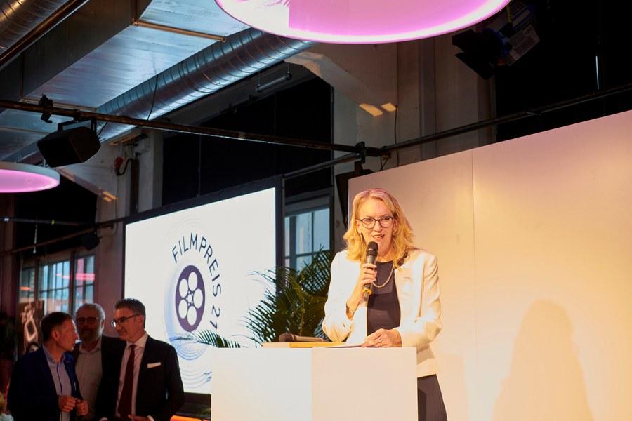 Synodalratspräsidentin Franziska Driessen-Reding bei ihrer Ansprache