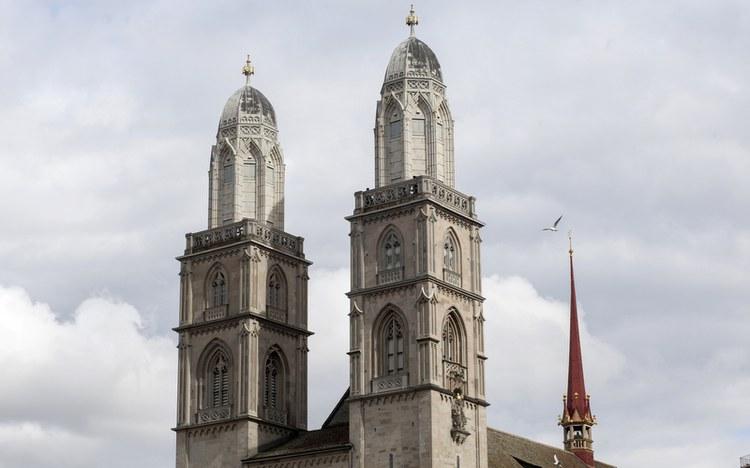 Kantons- und Regierungsrat beten im Grossmünster