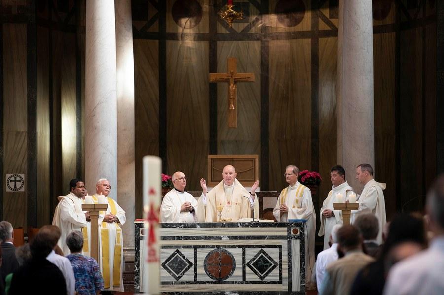 Gottesdienst in der Liebfrauen-Kirche vor der Synode. Foto: Christoph Wider