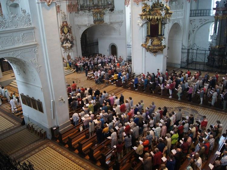 Hunderte Zürcher Katholiken pilgerten nach Einsiedeln