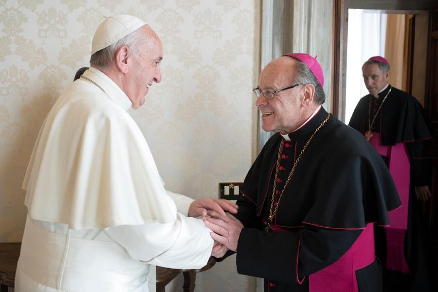vitus huonder beim papst franziskus 00611_17122016.jpg