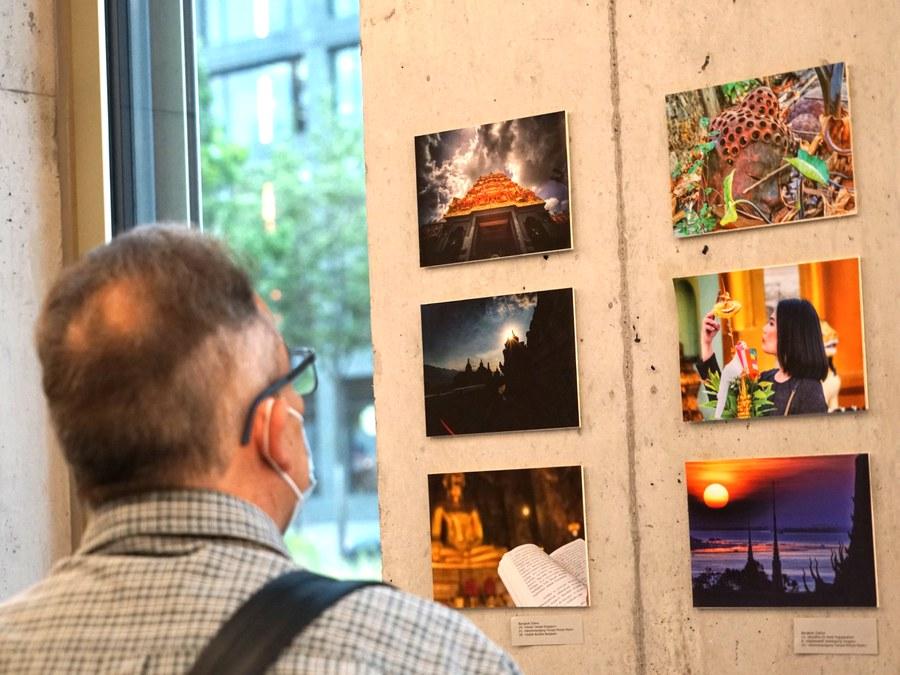 Impressionen Ausstellung Blitzlichter Foto: Arnold Landtwing