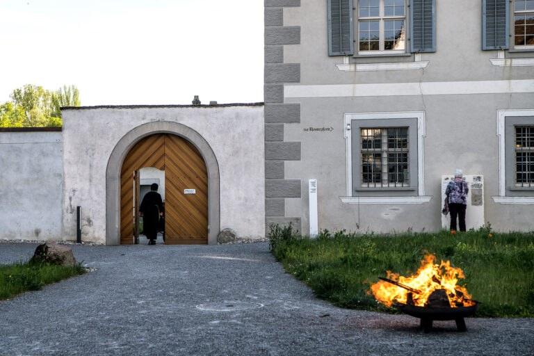 Feuer an der Klosterpforte