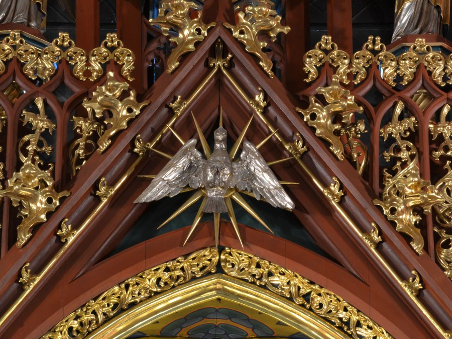 Maiandacht und Pfingstnovene in St. Peter und Paul Zürich