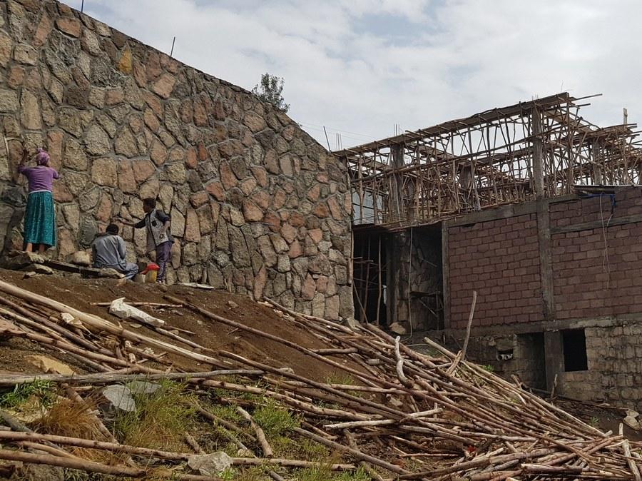 Typisches Mauerwerk beim Bau der Pilgerherberge. Foto: PBF