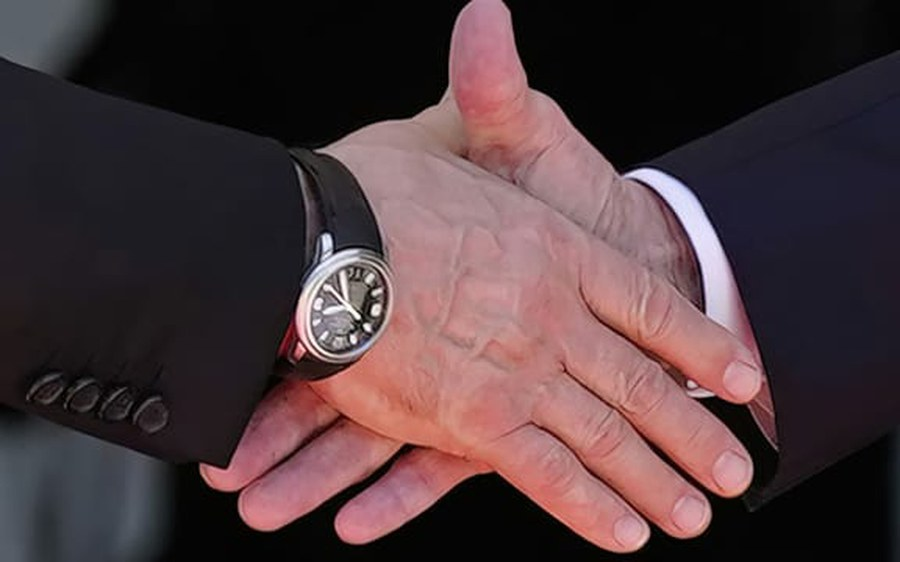 Historischer Handschlag in Genf_Foto_KEYSTONE.jpg